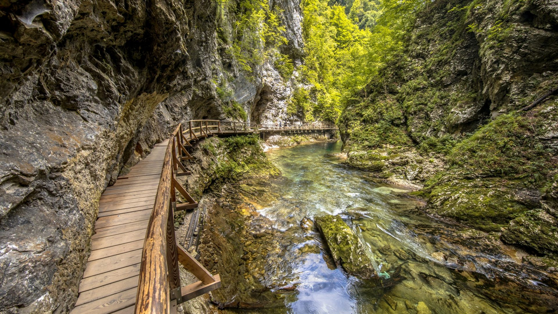 DAY 2 Bled  – Vintgar gorge- hiking – Radovljica ,medieval town with beekeeping tradition